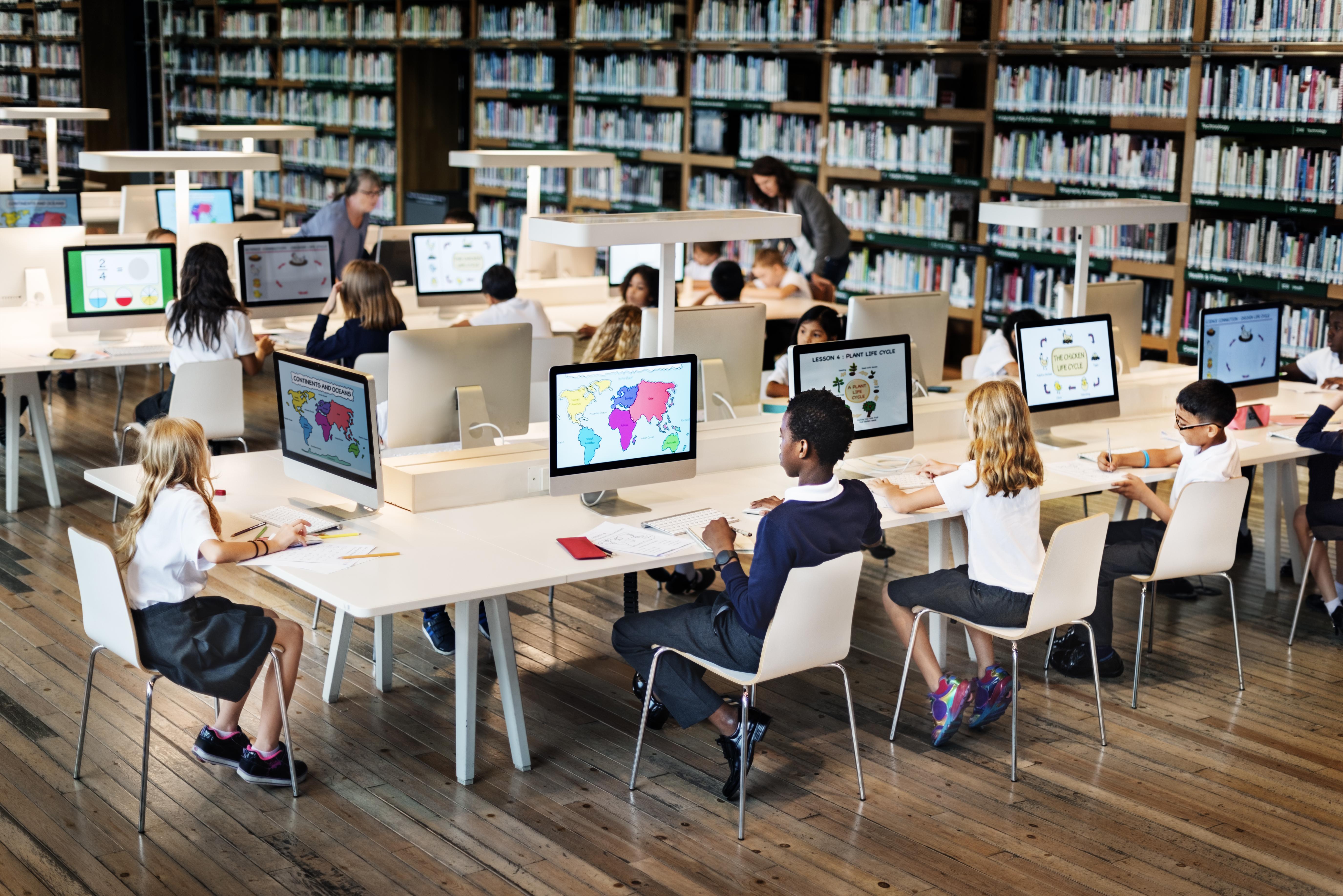An education association embraces cloud to modernize core-to-business application
